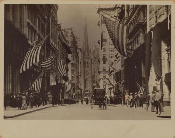 this-is-the-view-of-trinity-church-from-wall-street-in-1904