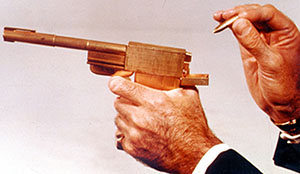 "Colibri-supplied gun in ""The Man in the Golden Gun"""