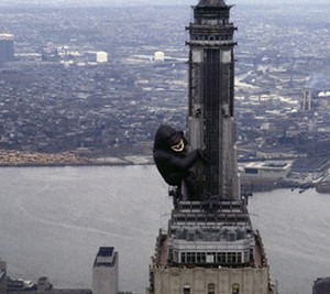 An inflatable King Kong hanging from the Empire State Building's mooring mast in 1983 (credit: Bettmann/CORBIS)