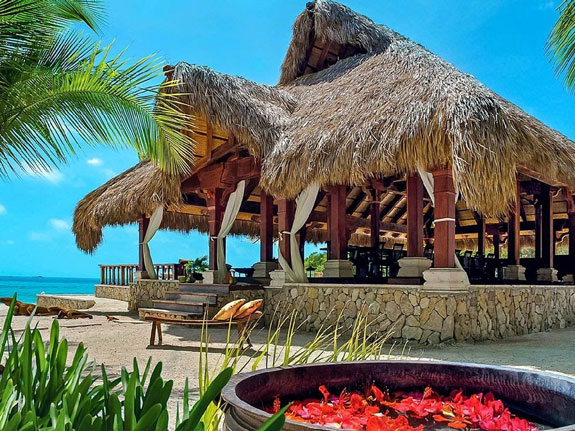 you-can-dine-in-the-2200-square-foot-balinese-beach-pavilion