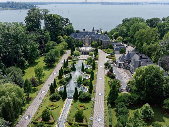 this-magnificent-estate-in-great-neck-long-island-boasts-13-bedrooms-35-bathrooms-indoor-and-outdoor-pools-health-complexes-game-rooms-a-bowling-alley-and-a-casino