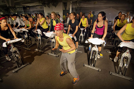 A SoulCycle class in session