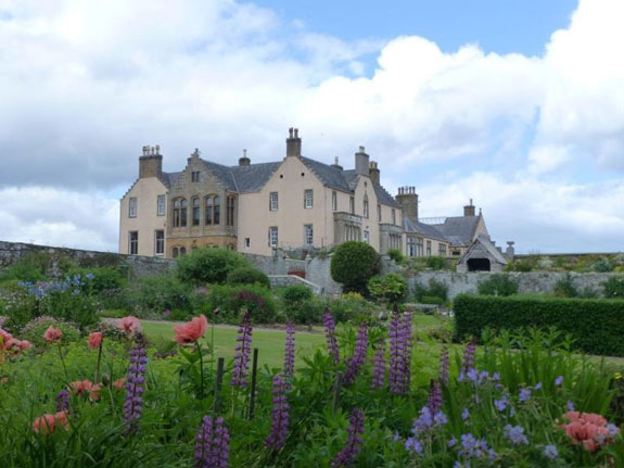 you-could-get-this-huge-home-in-the-northern-scottish-highlands-with-16-bedrooms-and-on-the-market-for-850000-1345-million