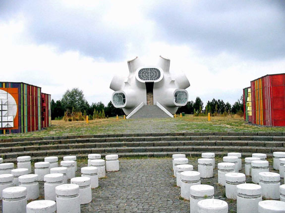 the-makedonium-is-a-memorial-built-
