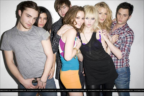 The cast of Gossip Girl (credit: CW)
